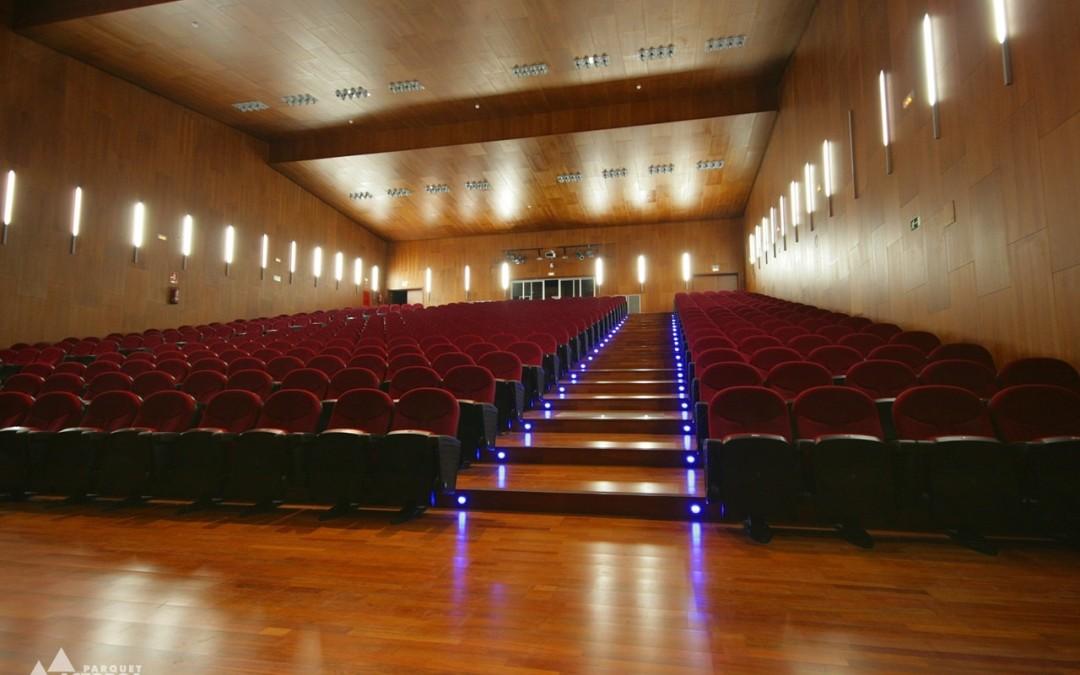 Suelos para los músicos: pavimentos en salas de música y salas de ensayo