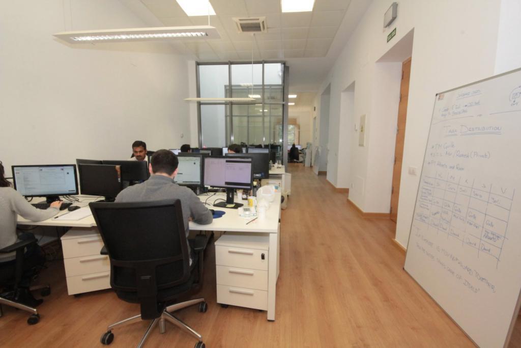 Oficinas-Ebury-T.-SintǸtica-Maia-Marzo-15-012-min