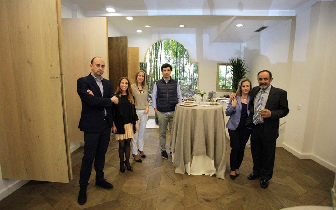 Inauguraci n del showroom en marbella atentos decoradores - Arquitectos interioristas ...