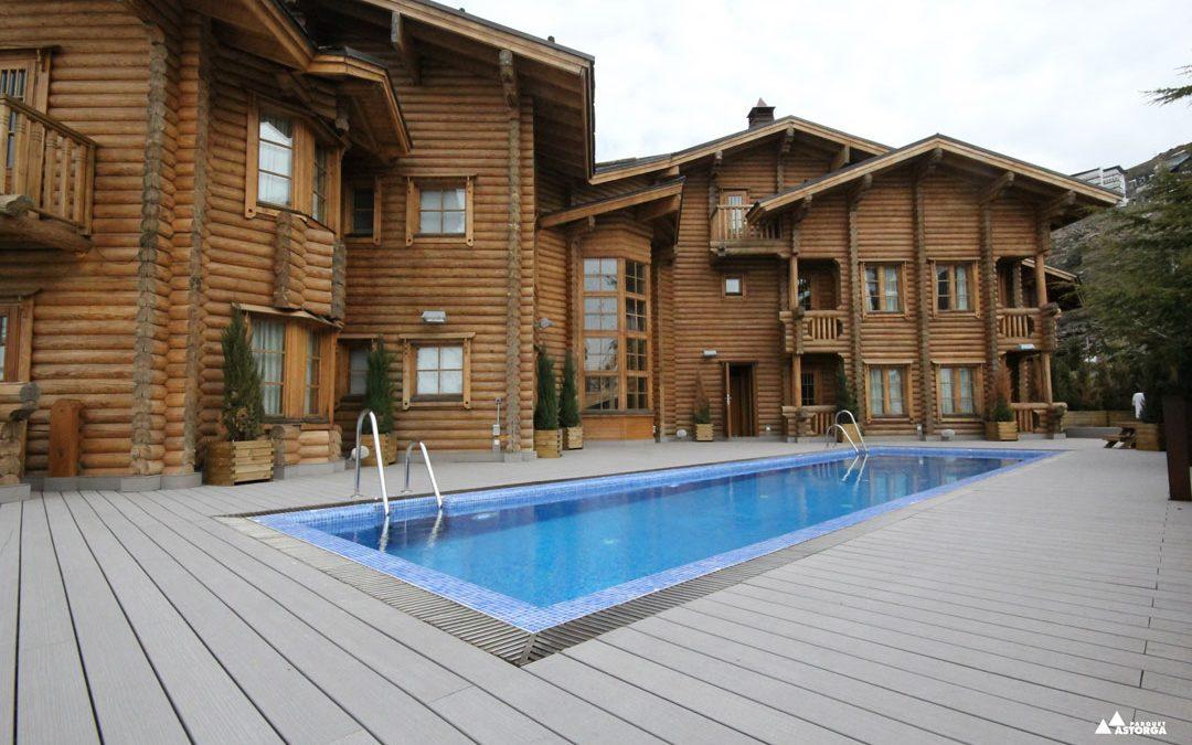 Cómo eliminar manchas e hidratar tarimas exteriores de madera, sintéticas o composite
