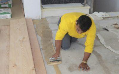 Cómo se prepara el suelo para instalar tarima o madera