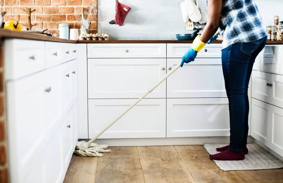 Limpiar parquet: cuidados y mantenimiento