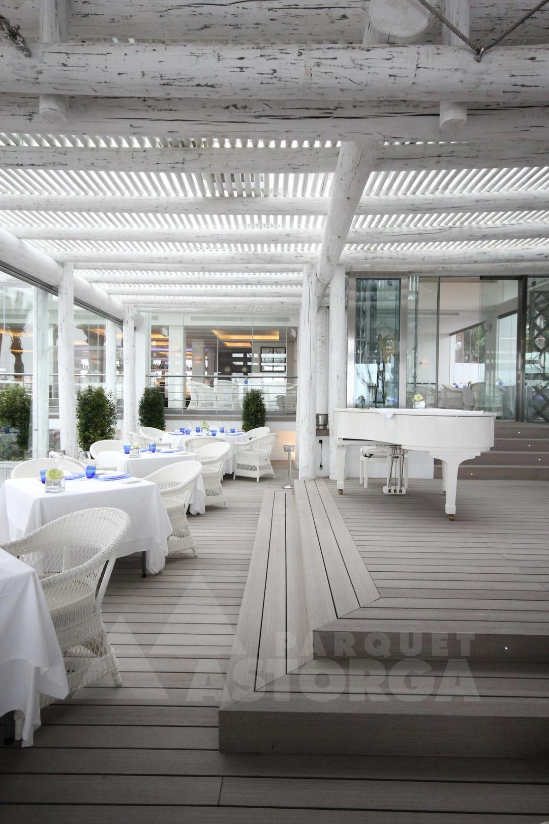Hotel Puente Romano - Exterior Floor Sintetica Timbertech (43)
